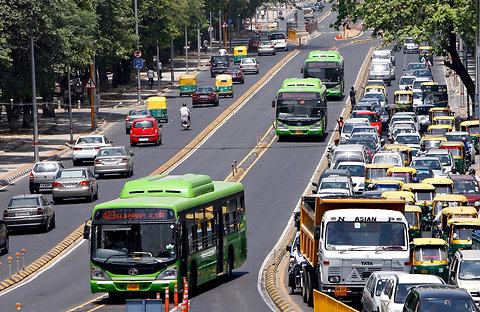 Bus Amp Coach Smart Move Rich Car Minority Attack Delhi